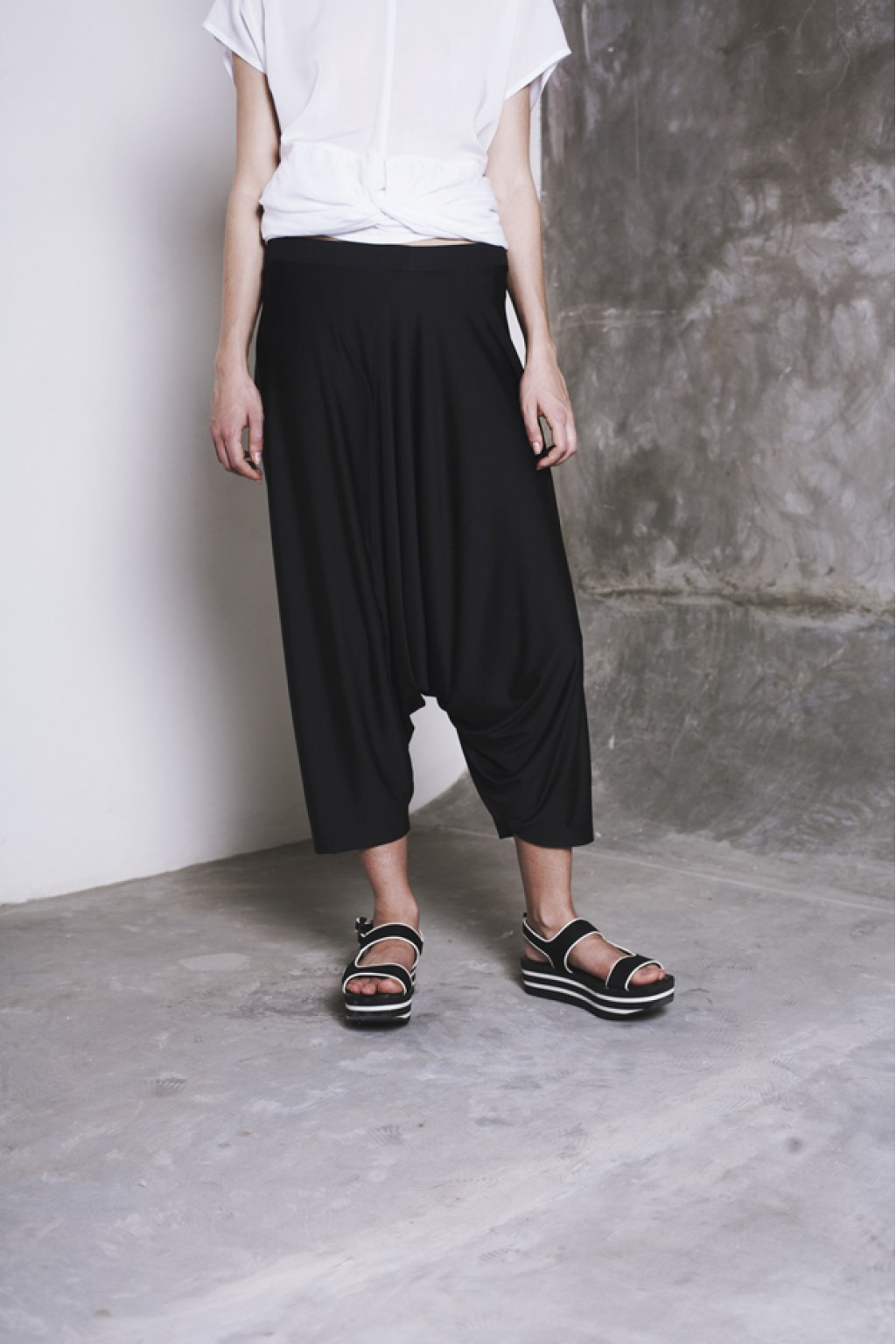 MOMO PANTS BLACK