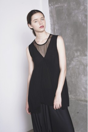 NORI TOP BLACK