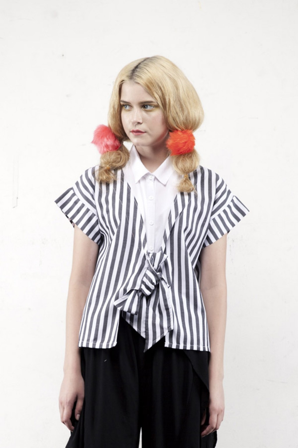HELEN TOP WHITE STRIPES