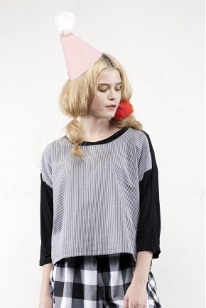 HELGA TOP LIGHT GREY