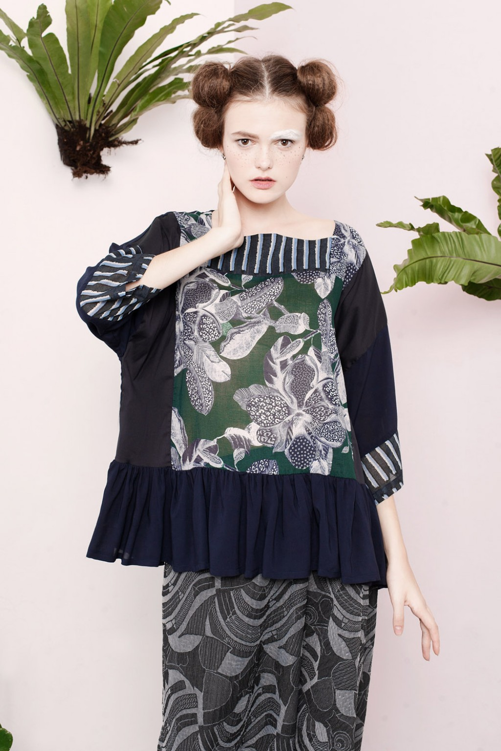 ODELIA TOP GREEN MOTIF