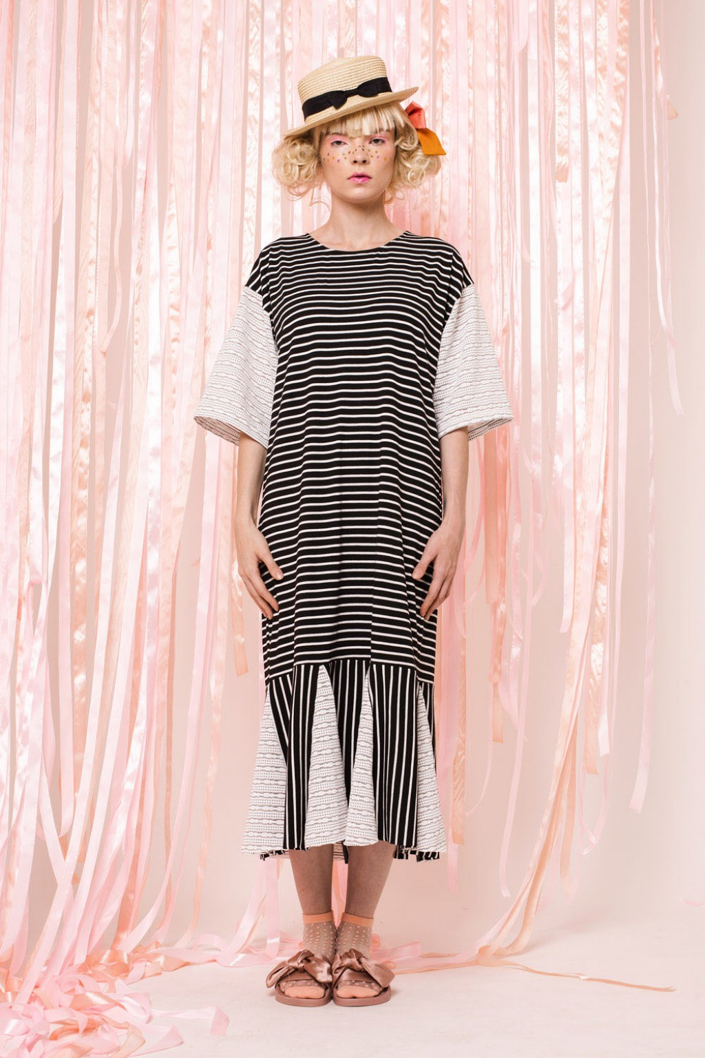 NICOLE DRESS BLACK STRIPES