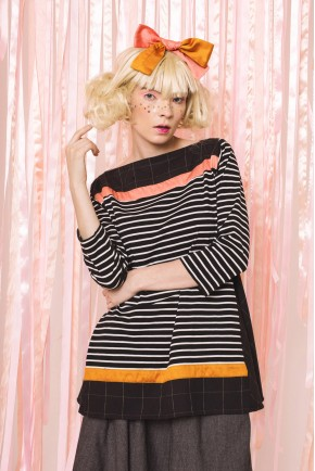DORIANNE TOP BLACK STRIPES