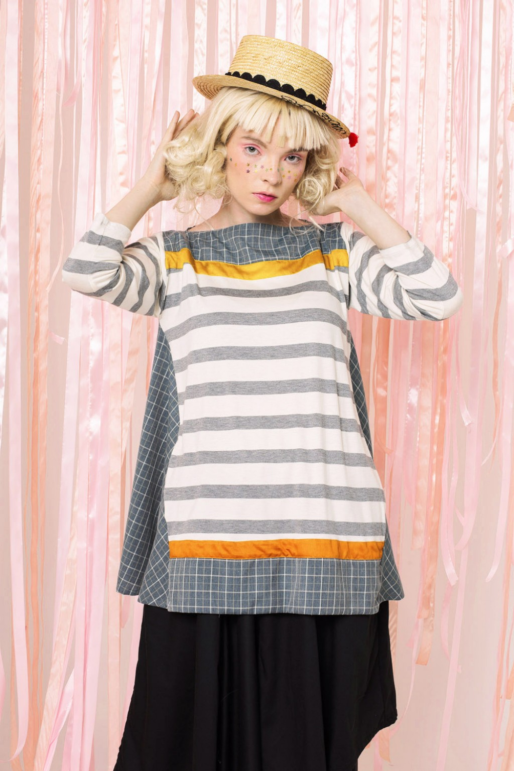 DORIANNE TOP GREY STRIPES