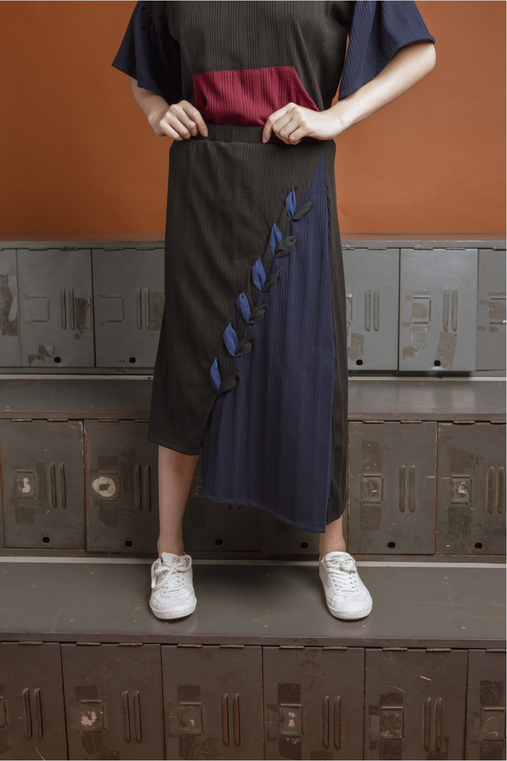 CARTER SKIRT BLACK / NAVY
