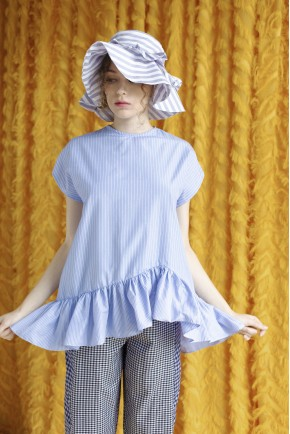AMARA TOP LIGHT BLUE STRIPES