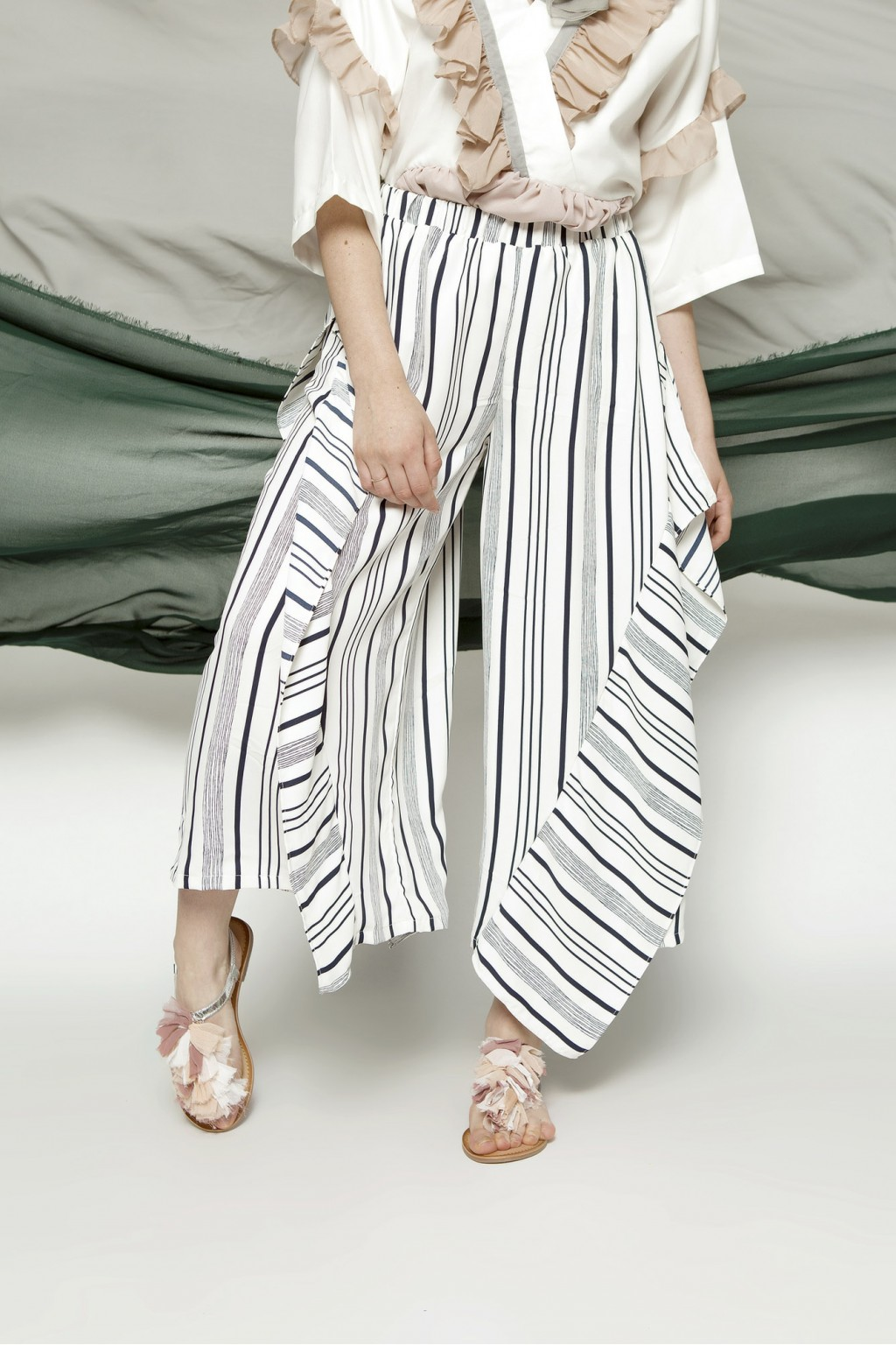MILLER PANTS WHITE STRIPES