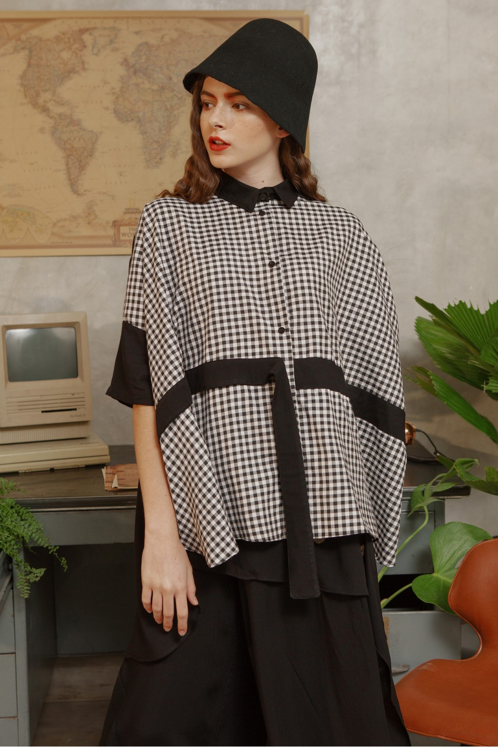 HANA SHIRT BLACK / BLACK CHECKS