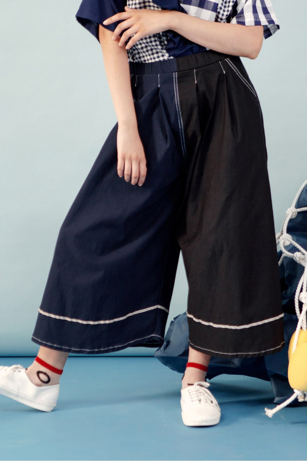 VELDA PANTS BLACK NAVY