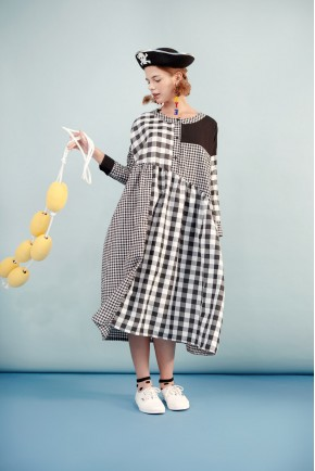 KATJA DRESS BLACK CHECKS